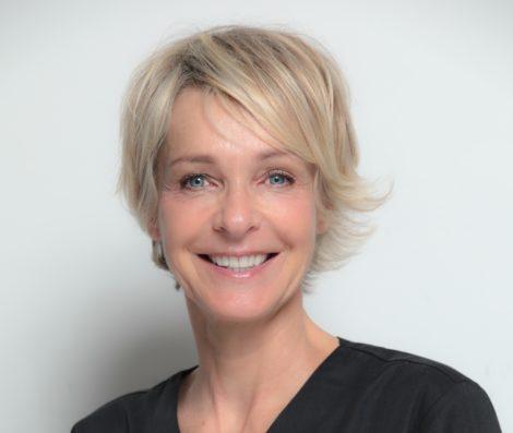 Marie_Francoise_POLETTE-dentiste_nice_detartrage